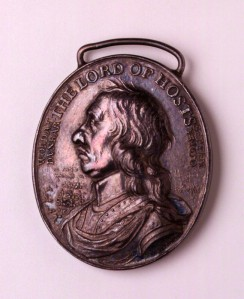 NPG 4365; Oliver Cromwell ('The Dunbar Medal') by Thomas Simon